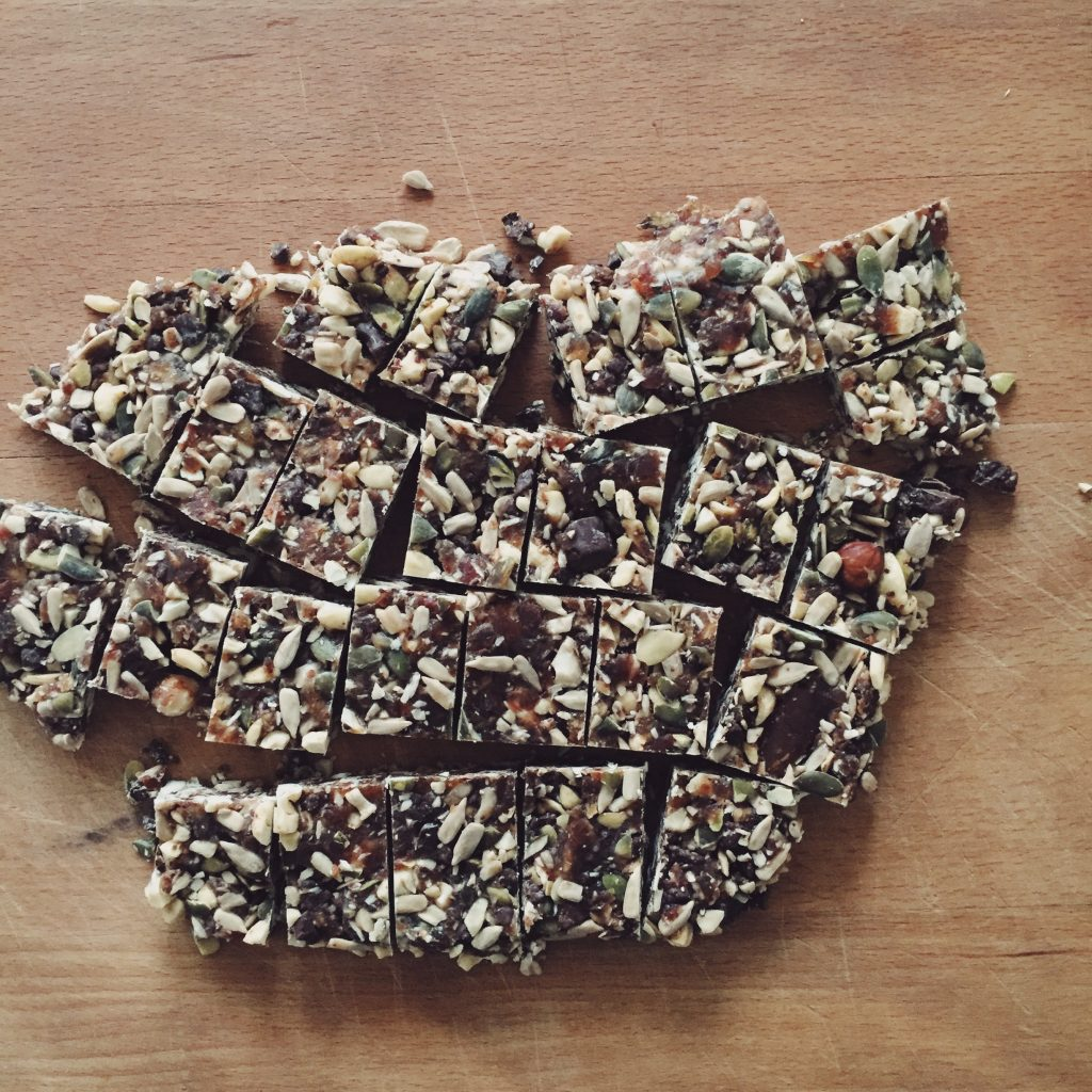 nutbars-vegan-healthy-snack