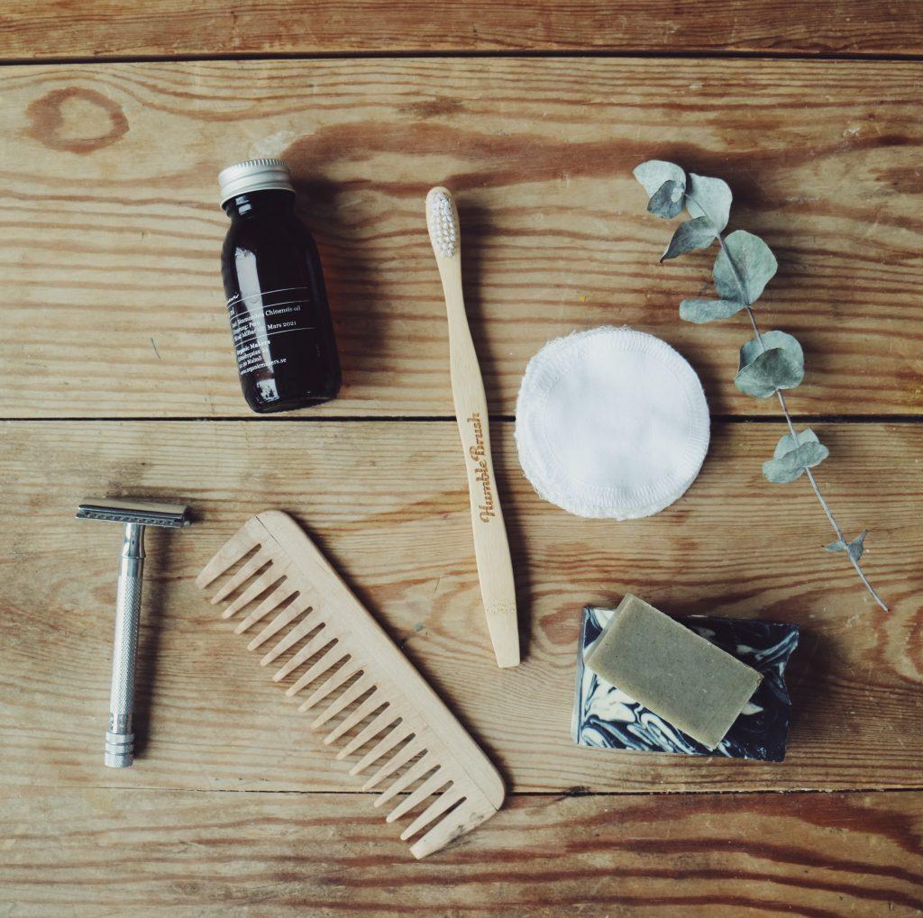zero-waste-plastic-free-humble-brush