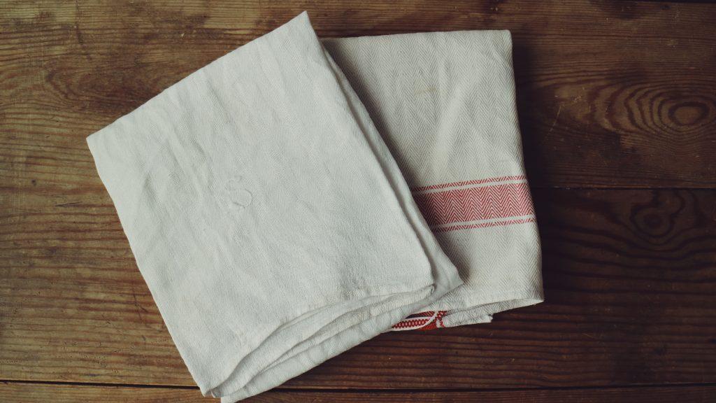 cloth-fleamarket-second-hand